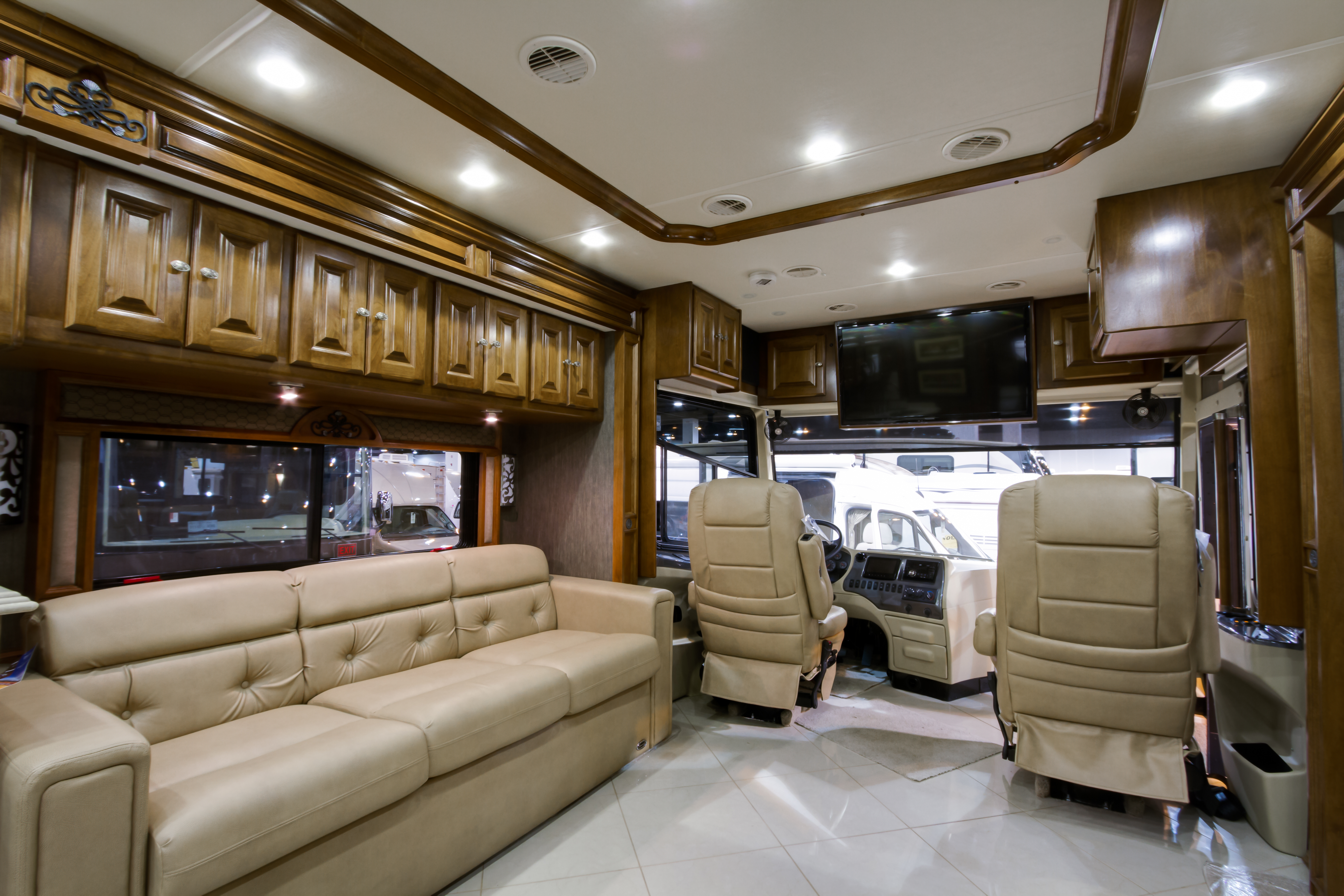 luxury-rv-motorhome-interior